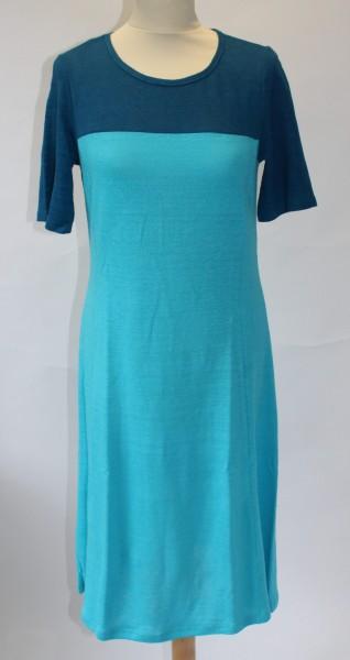 Kleid 3/4 -Arm