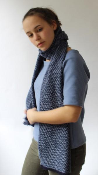 Silkline Klassischer Schal aus  reiner Schurwolle mit kleinem Muster gewebt
